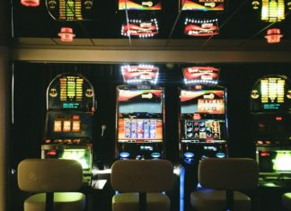 Brick & Mortar Vs. Online Slots Casinos